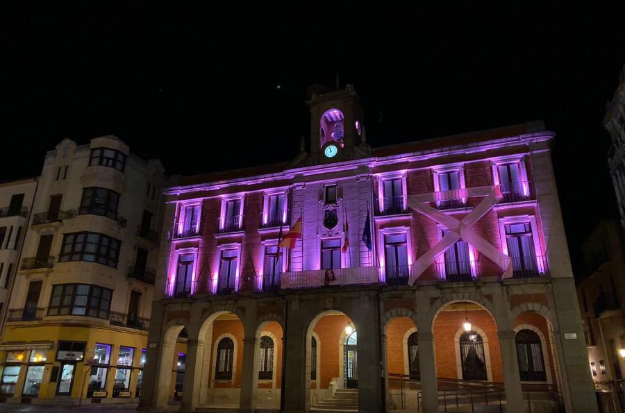 El Ayuntamiento de Zamora se vestirá de verde y morado por el Día Mundial de las Enfermedades Raras