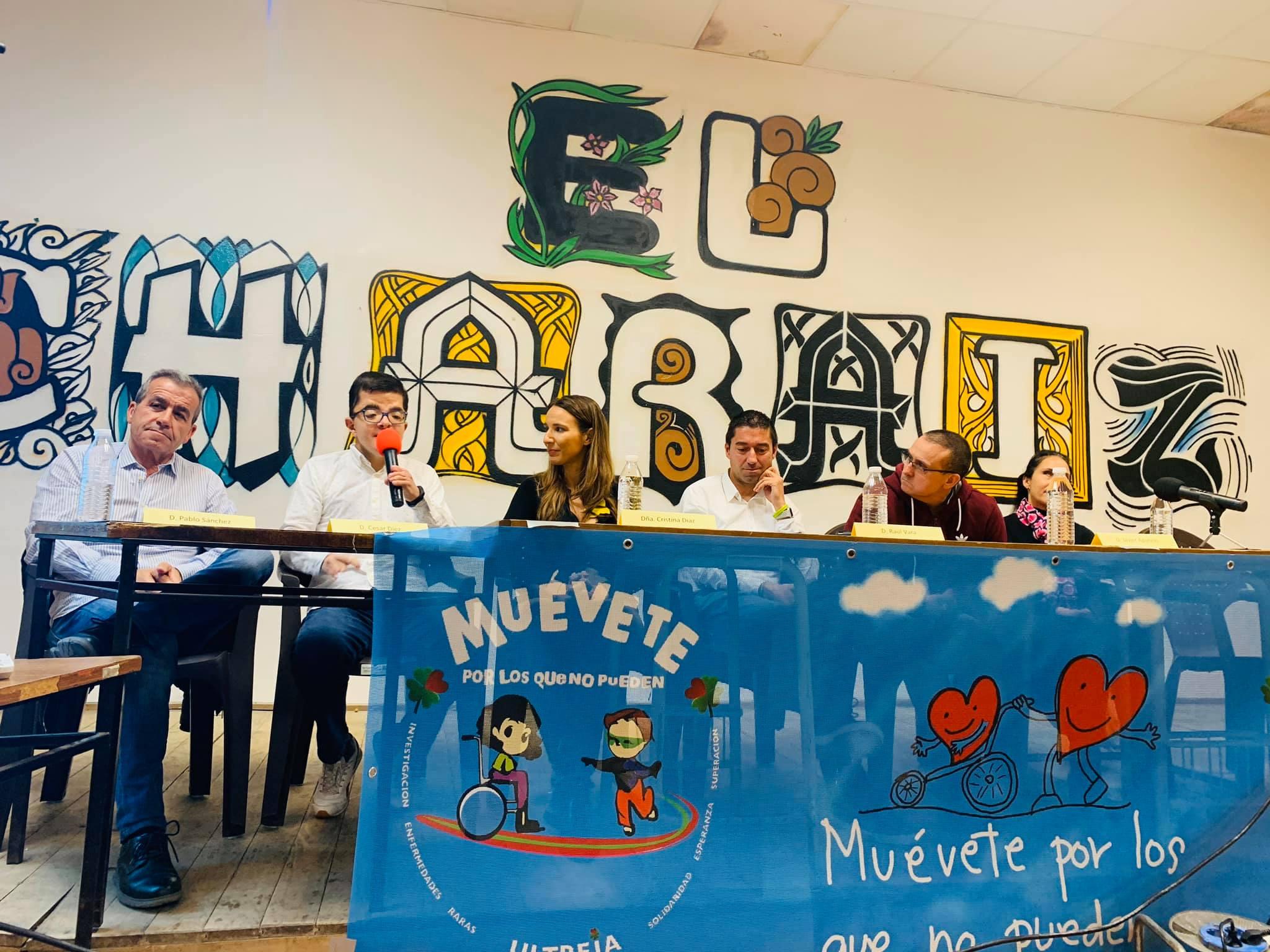 """Mesa redonda """"Todos somos """"Raros"""", todos somos iguales"""" Fuentesauco Zamora (Video)"""
