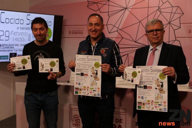 La Tercera Edición del Cocido Solidario en beneficio de la Asociación Corriendo con el Corazón por Hugo cuelga el lleno total